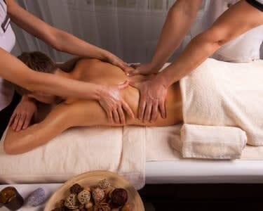 Massagem 4 Mãos